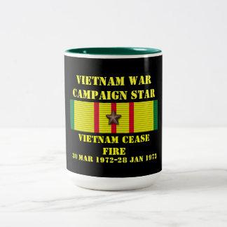 Alto el fuego/campaña de Vietnam Taza Dos Tonos