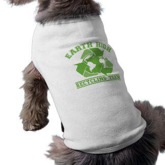 Alto equipo de reciclaje de la tierra camisa de mascota