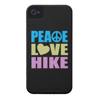 Alza del amor de la paz iPhone 4 Case-Mate carcasa