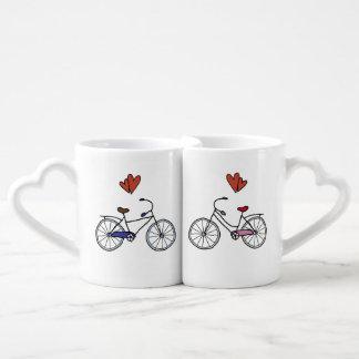 Amantes de la bicicleta que jerarquizan las tazas