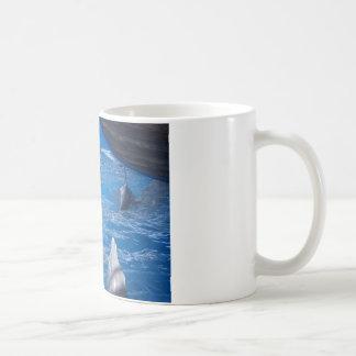 Amantes de los delfínes taza de café