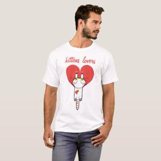 Amantes de los gatitos camiseta