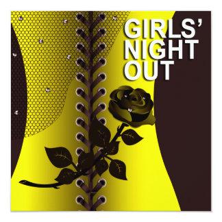 Amarillo color de rosa negro hacia fuera el   de invitación 13,3 cm x 13,3cm