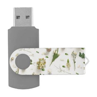 Amarillo dispersado de las flores memoria USB