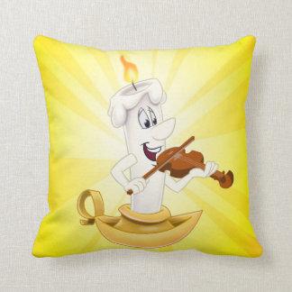 Amarillo lindo de la vela de la almohada del