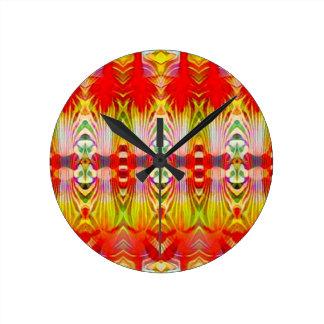 Amarillo rojo psicodélico reloj redondo mediano