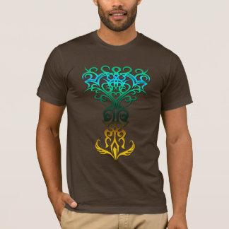 Amarillo tribal del símbolo 18, aguamarina (árbol camiseta