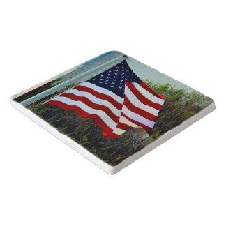 Ame la bandera Trivet de los E.E.U.U. Salvamanteles