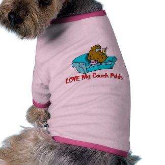 Ame mi teleadicto camiseta con mangas para perro