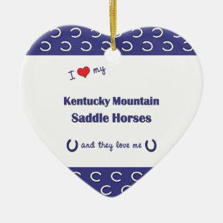 Ame mis caballos de silla de montar de la montaña adorno de cerámica en forma de corazón