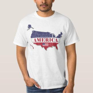 América indica los trajes clásicos del diseñador; camiseta