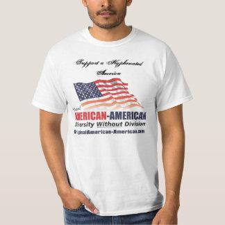 Americano escrito con guión camisetas