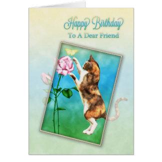 Amigo, feliz cumpleaños con un gato juguetón tarjeta de felicitación
