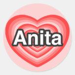 Amo a Anita. Te amo Anita. Corazón Etiqueta Redonda