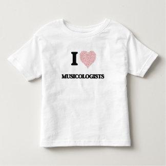 Amo a los musicólogos (el corazón hecho de camisetas