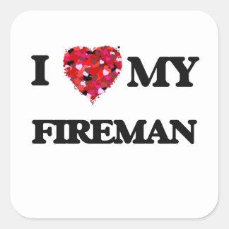 Amo a mi bombero pegatina cuadrada