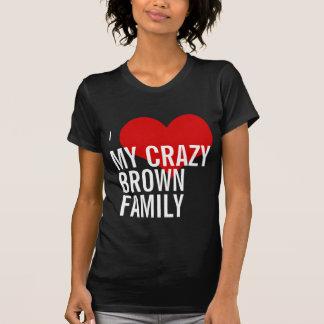 Amo a mi familia marrón loca camisetas