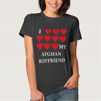 Amo a mi novio afgano camiseta