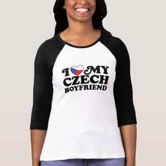 Amo a mi novio checo camiseta