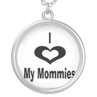 Amo a mis mamás con el corazón collar plateado
