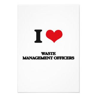 Amo a oficiales de la gestión de desechos comunicados personalizados