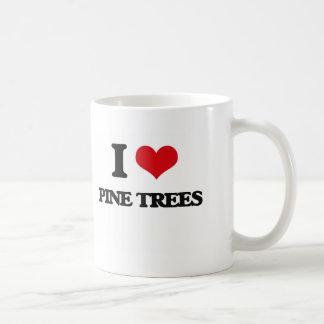 Amo árboles de pino taza básica blanca