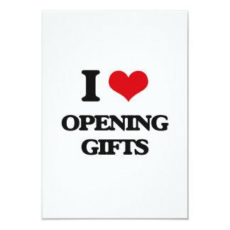 Amo el abrir de los regalos invitación 8,9 x 12,7 cm