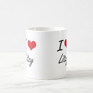 Amo el diseño artístico de Litzy Taza Básica Blanca