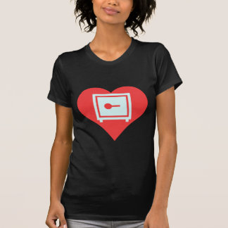 Amo el diseño casero de las cajas fuertes camiseta