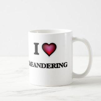 Amo el serpentear taza de café