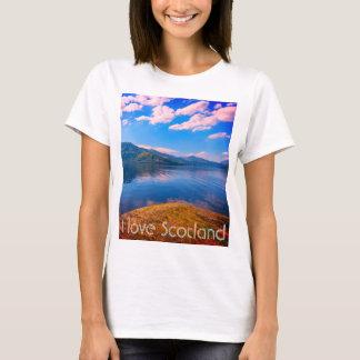 Amo Escocia una camiseta con Loch Lomond.