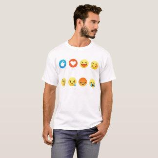 Amo la camiseta del gráfico del Emoticon de Emoji