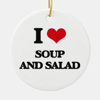 Amo la sopa y la ensalada adorno redondo de cerámica