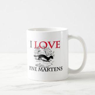 Amo martas de pino taza de café