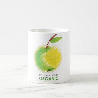 Amo mis manzanas orgánicas taza clásica