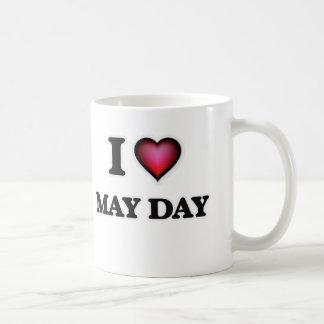 Amo primero de mayo taza de café