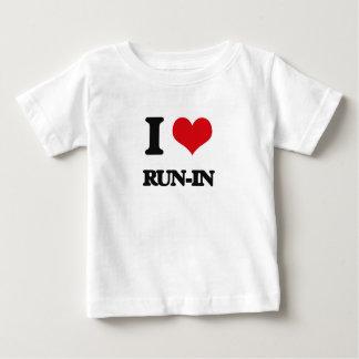 Amo riña camisetas