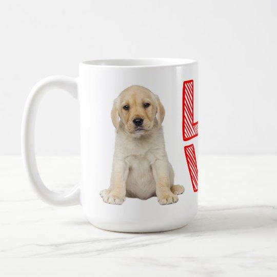 Amor amarillo del rojo del perro de perrito del taza de café