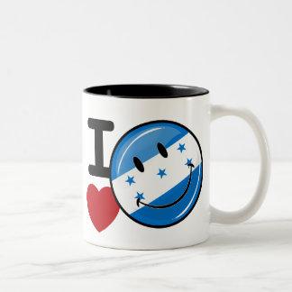 Amor de la bandera sonriente de Honduras Taza Dos Tonos