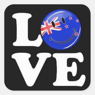 Amor de la bandera sonriente de Nueva Zelanda Pegatina Cuadrada