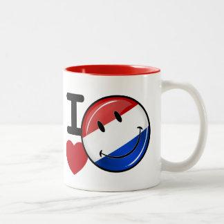 Amor de la bandera sonriente holandesa taza de café de dos colores