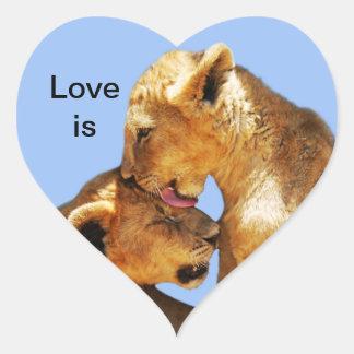 Amor de los leones del bebé colcomanias corazon personalizadas