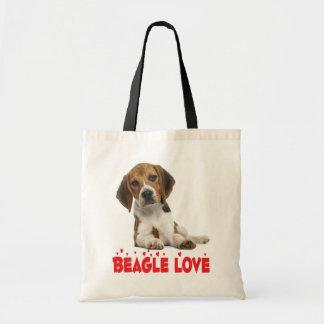 Amor del rojo del perro de perrito del beagle