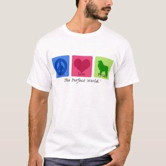 Amor los grandes Pirineos de la paz Camiseta