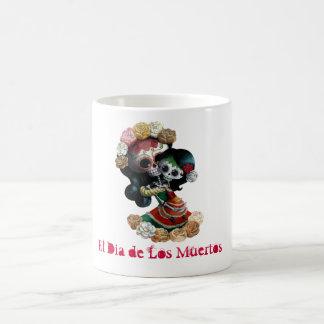Amor maternal esquelético mexicano taza básica blanca