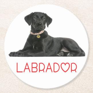 Amor negro del rojo del perro de perrito del posavasos redondo de papel