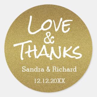 Amor y gracias del brillo del oro que casan favor pegatina redonda