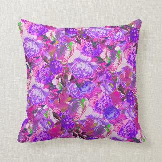 Amortiguador púrpura colorido del arte y cojín decorativo