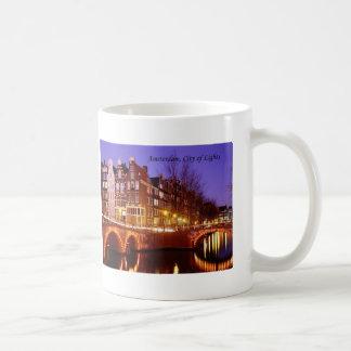 Amsterdam, ciudad de luces (por St.K.) Taza De Café