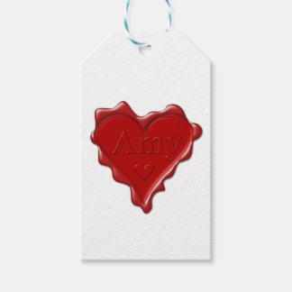 Amy. Sello rojo de la cera del corazón con el Amy Etiquetas Para Regalos